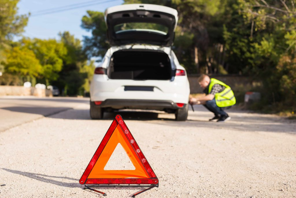 Car Insurance FAQs: What are the Benefits of Roadside Assistance?
