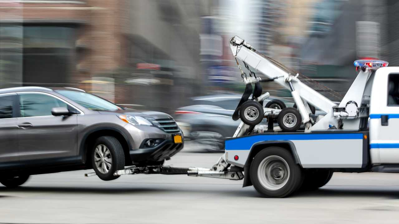 FAQs: How Much does it Cost to Tow a Car if I Call a Tow Truck Company?